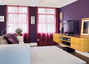 sala-de-estar púrpura