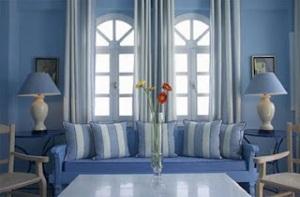 Sala de estar azul